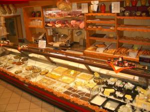 Negozi alimentari idee anticrisi freenovara for Idee per arredare un negozio di frutta e verdura